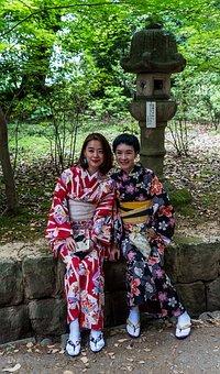 Au japon: une nouvelle étape de la vie, un kimono